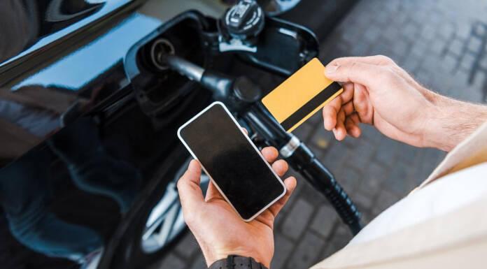 Karta paliwowa prepaid – na czym polega i co możesz w ten sposób zyskać